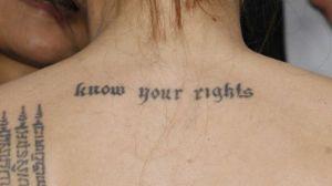 angelina_jolie_tatuaje1-640x640x80